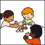 Tekening van Tim die met andere kinderen van 't Kabouterhuis een puzzel maakt.